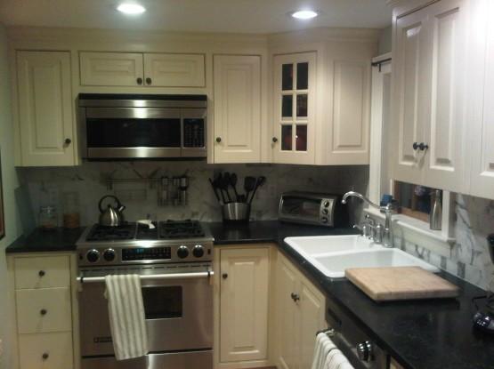 Tiling: Kitchen Backsplash, Charlestown